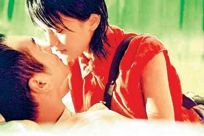 《恋爱中的宝贝》上映两日,票房反映尚可,在柏林电影节也...