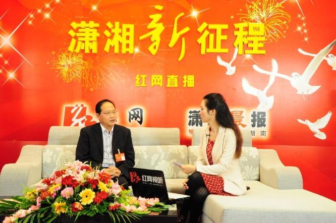 党代表郭塨20日做客红网嘉宾访谈室