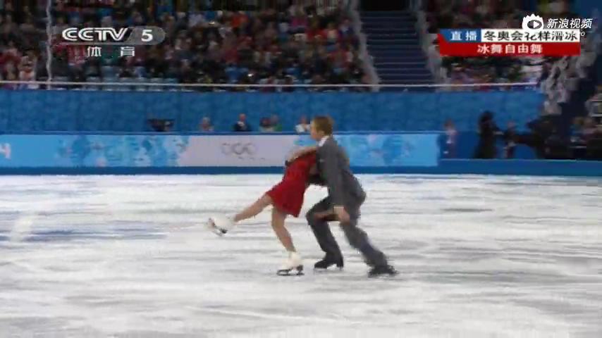 视频花滑美女冰划开男伴裤子