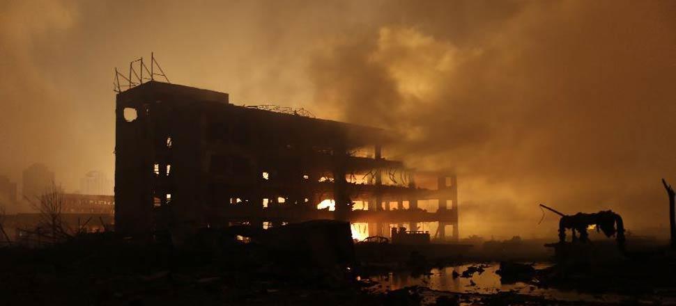 天津滨海新区危险品仓库爆炸事故已造成50人死亡