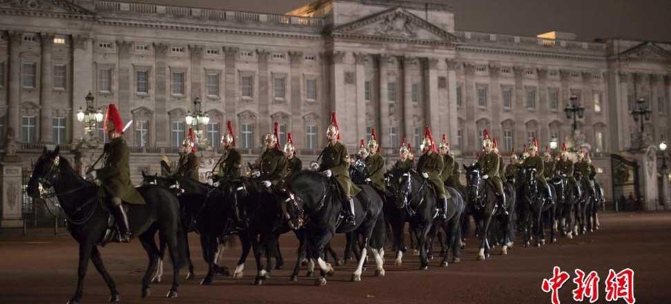 英国仪仗队进行彩排 为习近平到访做准备