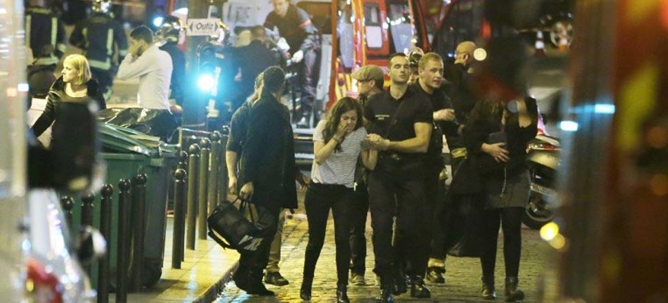 巴黎恐袭现场:60死、近100人被劫持(高清)