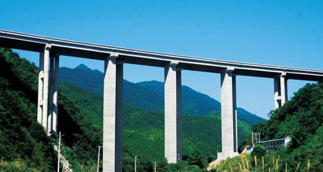 邵光高速严把质量关 打造精品高速公路