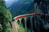 日本推出首辆玻璃火车 乘客可充分感受美景(图)