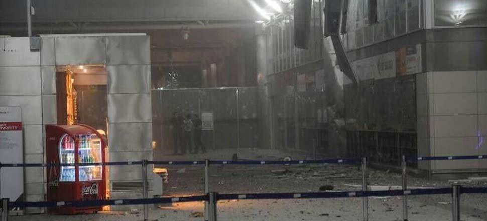 现场:土耳其最大城市机场发生爆炸
