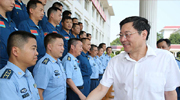 Governor Du Visits Soldiers of Air Force Stationed in Changsha