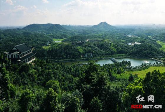 【两型湖南】因地制宜 丘陵小农村成湘潭现代大观园