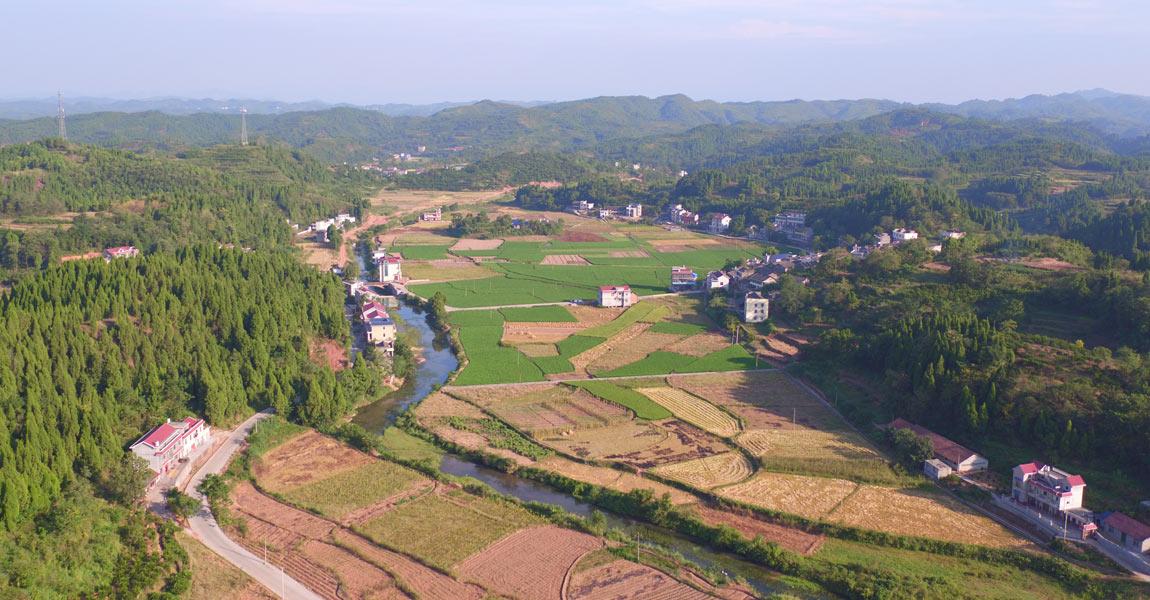 泸溪长坪村全景