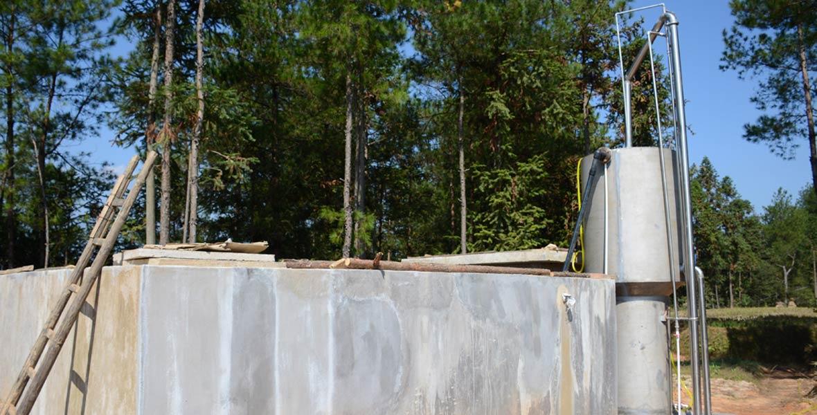 新建的饮水工程。