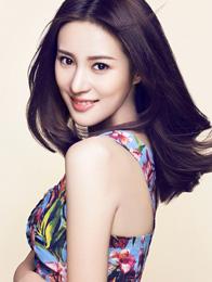 邬靖靖写真香肩抢镜露性感  演绎花季少女