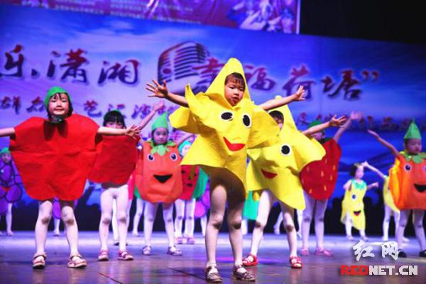 """""""欢乐潇湘・幸福荷塘""""2017年群众文艺汇演金山专场欢乐上演"""
