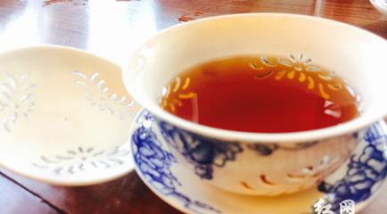 品鉴六堡茶