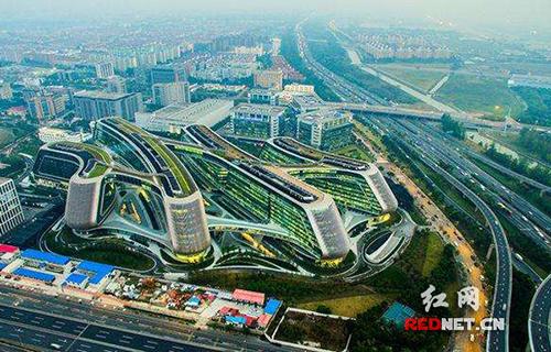"""上海长宁:""""摸不到""""的试验区能""""摸到""""很多实惠"""