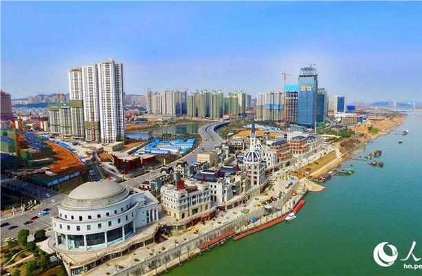 长沙市岳麓区:抢抓战略机遇期 打造湘江西岸经济新高地