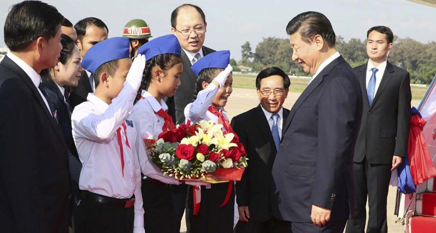 习近平访问老挝精彩图集(11月13日)