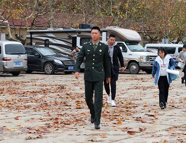 《陆战之王》南京开机 康洪雷王雷首度合作