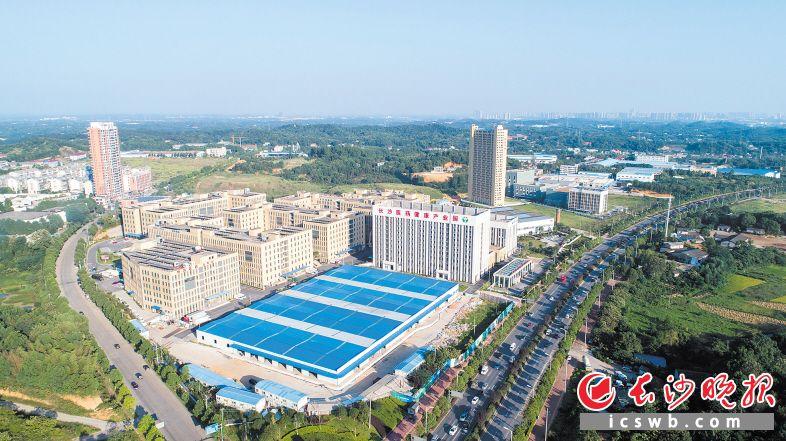 长沙医药健康产业园是金霞经开区的重要产业集群之一。