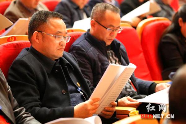 """郴州市政协委员吴其龙的第12次""""两会"""""""