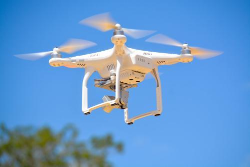 你的无人机到底该怎么飞