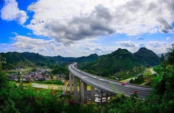 """湘西这四条公路被评为""""湖南最美绿色通道""""【图】"""