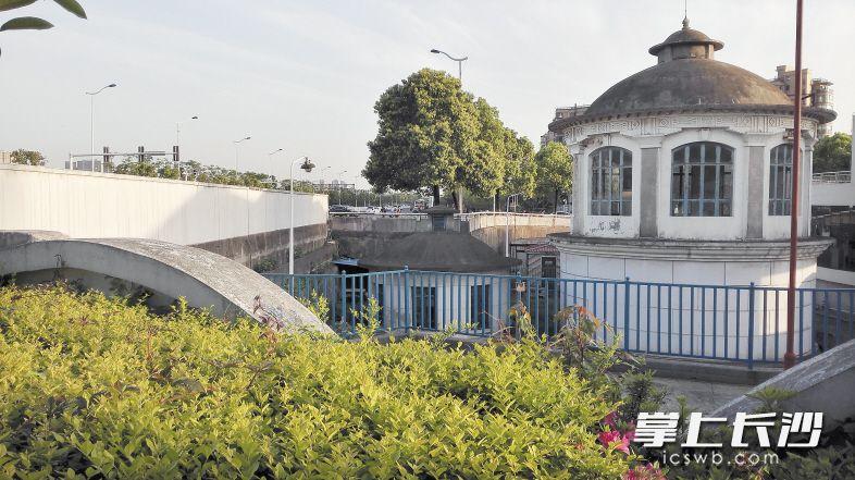 """64年前 长沙河西第一口自来水来自""""古堡"""""""
