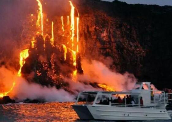 突发!万人紧急撤离!夏威夷火山大爆发!