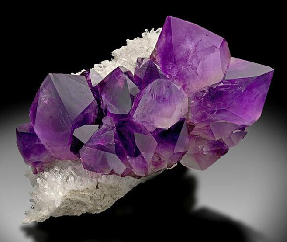 矿物晶体―来自大自然的艺术品