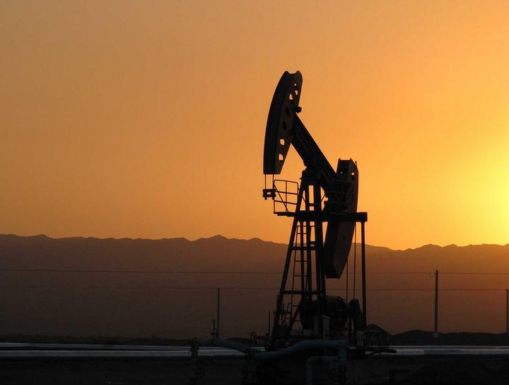 油价迎年内最大涨幅 加满一箱多花10.5元