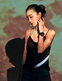 Angelababy光影创意大片 挑战光影富有个性