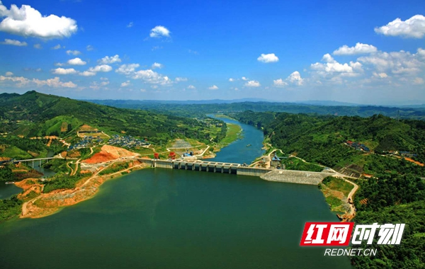 """水域总面积达52平方公里,湖面在湖南省内仅次于洞庭湖,别称""""西洞庭"""""""