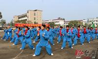 安乡:传统文化进校园爱心捐赠暖人心
