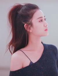 隋源最新画报公开 阳光少女甜美清新展现初冬活力