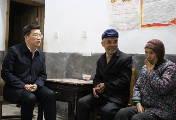 赖馨正赴茶陵县调研精准扶贫工作