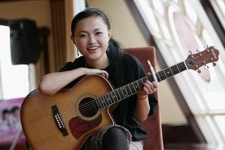 邻家的吉他女生―张美娜
