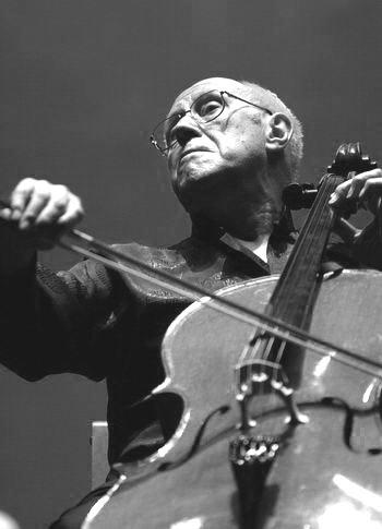 著名大提琴家罗斯特罗波维奇因患癌症逝世 图