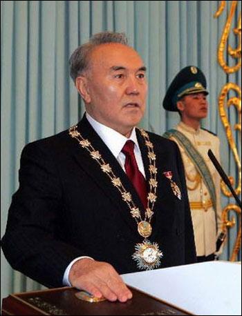 哈萨克斯坦第一家庭内斗 总统女儿要抢老爸宝座图片