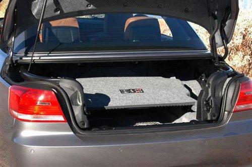 『宝马新335i敞篷版的后备箱』