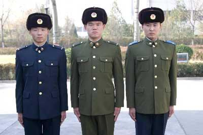 解放军07式军服诞生记 设计经11轮修改