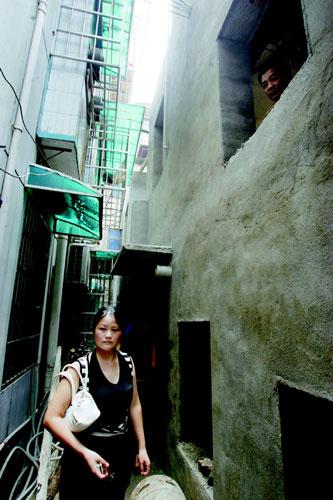 逼仄的城市【原】 - 金戈铁马1号 - 金戈铁马的博客