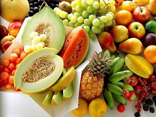 水果超市琳琅满目。