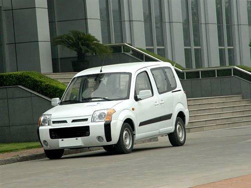 福田汽车cdv跨界车型 蒙派克 迷迪发布高清图片