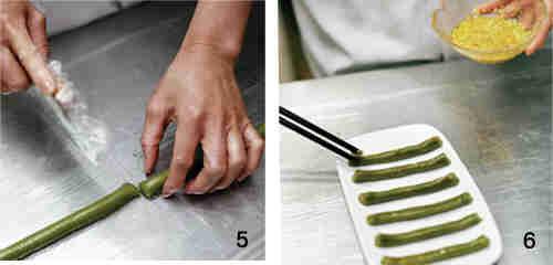 这一步看似简单,其实最考手工,要搓成筷子那么粗细,还要彼此均匀.