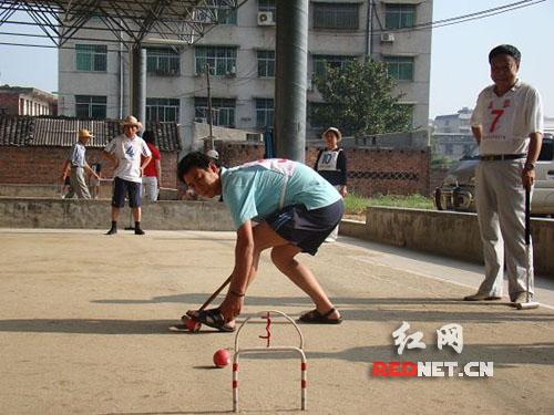 组图:永州市举行第十七届中青年门球赛迎七一
