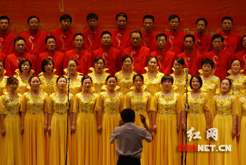 彩纸中国结步骤图解