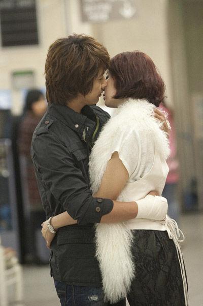 尹恩惠/KBS2电视台的周三、四剧《拜托小姐》的收视率能否凭借主人公尹...