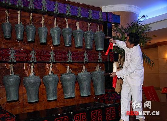 中国最古老青铜打击乐器编錞 现声 长沙