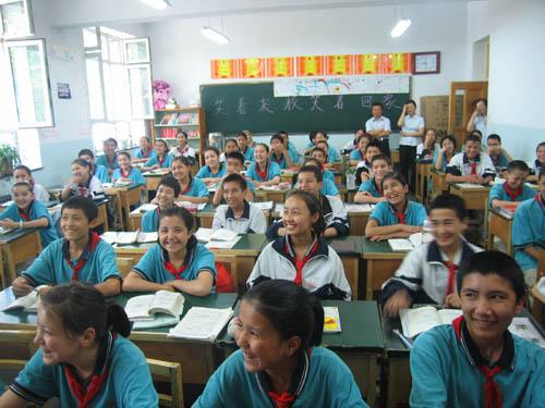 跟家一样温暖——乌鲁木齐市66中学双语教学