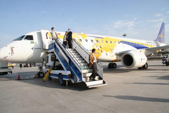 伊春失事飞机机型有30架在中国国内运行