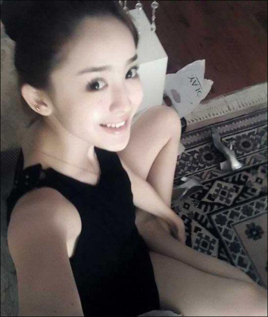 视频新疆美女古力娜扎艳照流出被赞素颜最靓