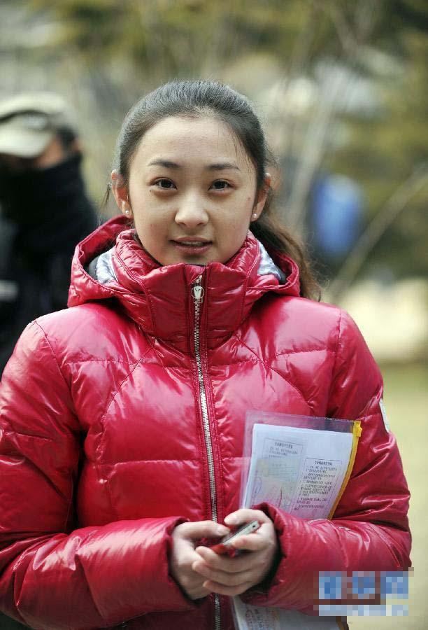 北京电影学院考试初日美女考生表情